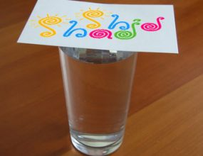 آزمایش علمی با آب