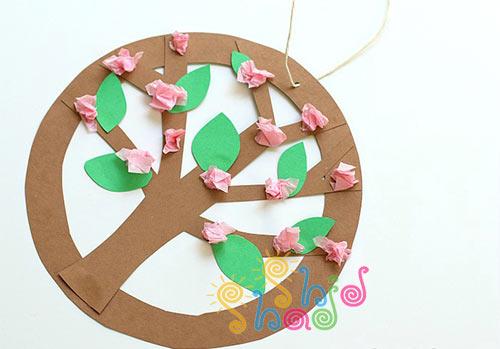 درخت-بهاری-با-شکوفه